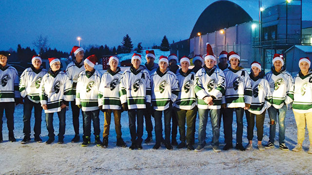 The PAC Bantam AA Timberwolves delivered nearly 400 fliers for the Spruce  Grove Kinettes  Christmas hamper program prior to one of their home games. bbdc6fadc